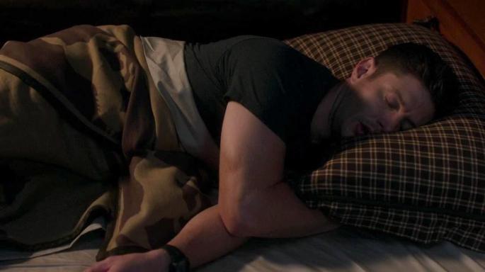 SPN_sleeping dean