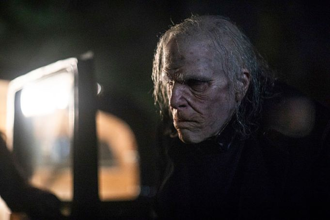 Zachary Quinto as Charlie Manx - NOS4A2 _ Season 1, Episode 3 - Photo Credit: Zach Dilgard/AMC