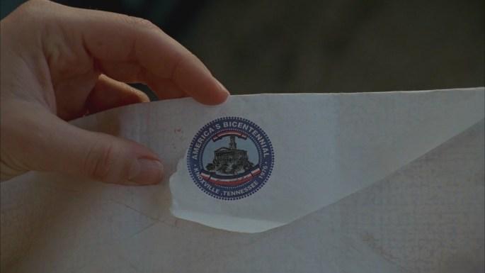 confidence man lost envelope bicentennial