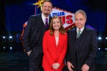 "Penn & Teller: Fool Us -- ""Third Time's The Charm"" -- Image Number: PEN701_0016r -- Pictured (L-R): Penn Jillette, Alyson Hannigan and Teller -- Photo: Scott Everett White/The CW -- © 2020 The CW Network, LLC. All Rights Reserved."