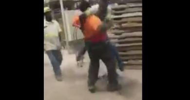 Co-Workers Fighting Over A Hot Pocket…2 GROWN ASS MEN!!