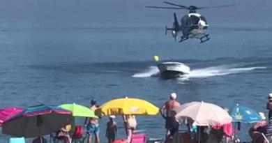 Spanish Police Helicopter Chased A Drug Smuggler's Boat Onto A Crowded Beach…Just Like The Movies