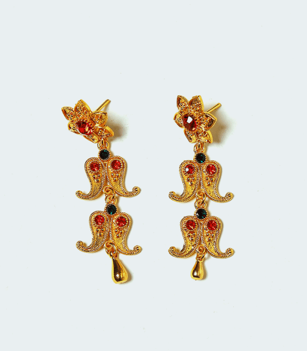 Yarling (यार्लिंग)- cultural earrings of Nepal