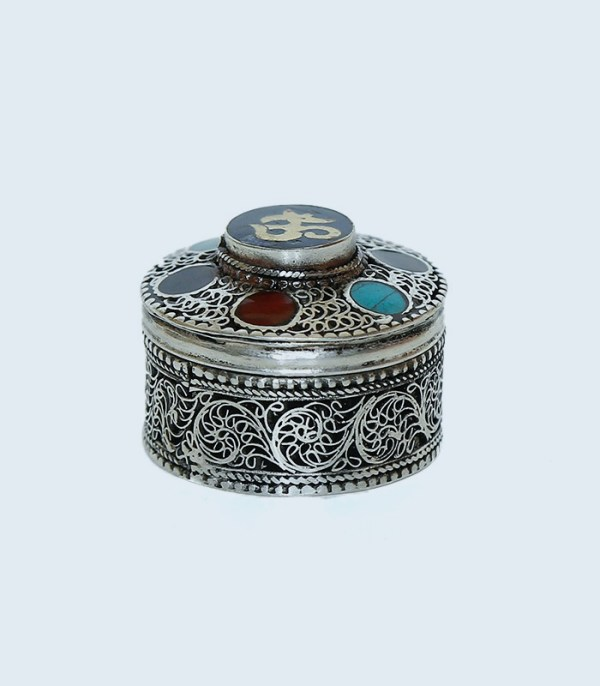 Box Filigree With Turquoise And Coral Cabs (Sindur box)