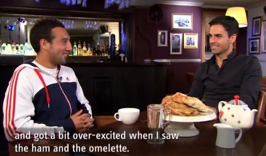 Arsenal's Santi Cazorla and Mikel Arteta having tea and a chat