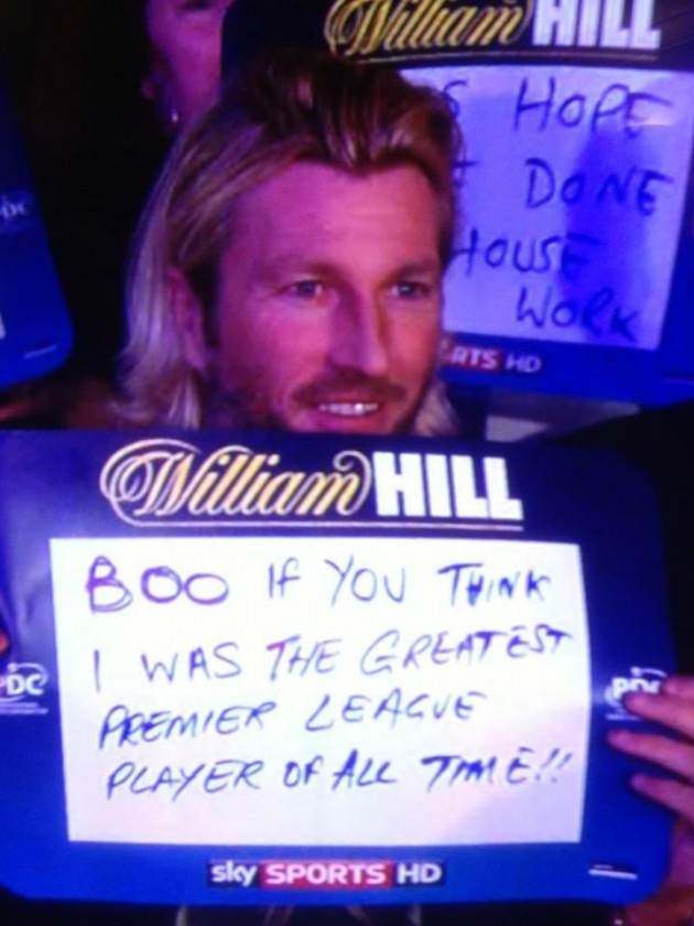 Robbie Savage is booed and heckled at the 2012 Grand Slam of Darts