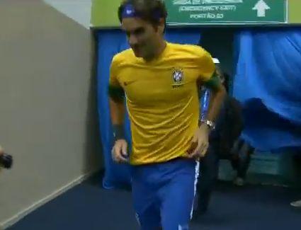 Roger Federer wears the Brazil kit