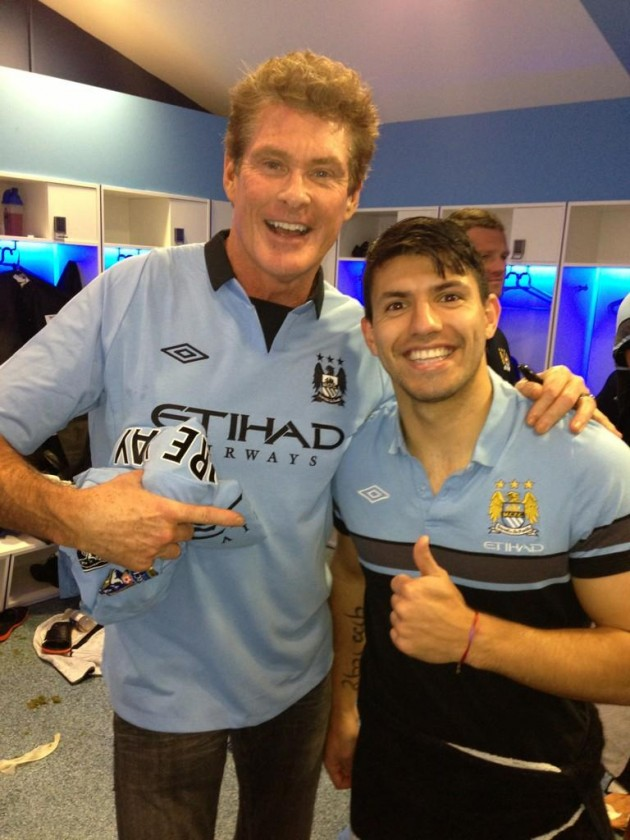 Sergio Agüero with David Hasselhoff at Manchester City