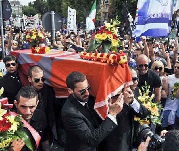 Lazio fans stage Roma's funeral after Coppa Italia win - funeral procession shown