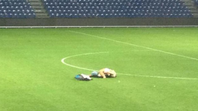 A couple have sex on pitch after Brøndby 0 - 0 Randers