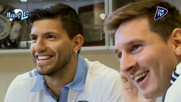 Sergio Agüero interviews Messi on Argentine TV
