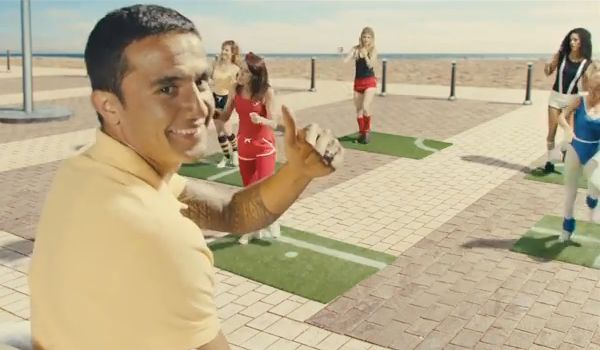 Tim Cahill's FIFA 14 Celebrations Oz Style advert
