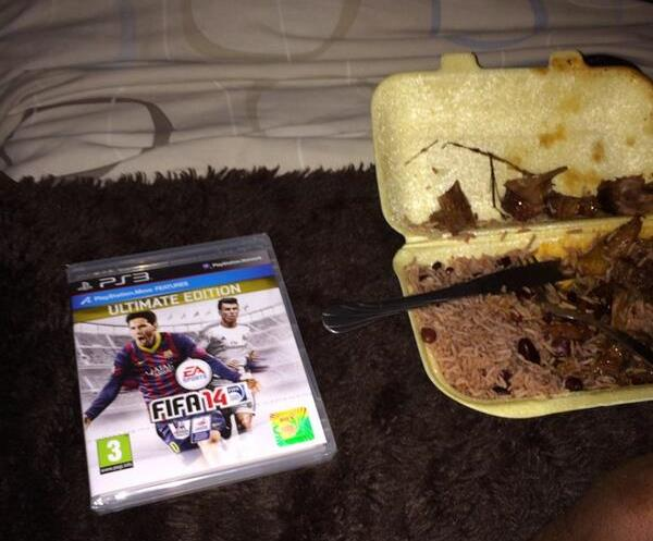 FIFA 14 release celebrated by Charlton's Callum Harriott