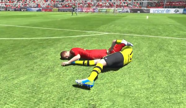 One of the top 10 FIFA glitches videos
