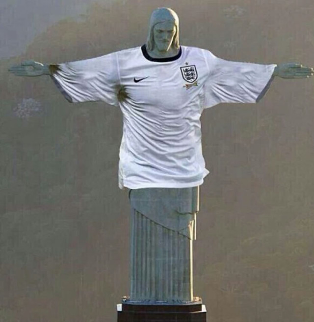 The Cristo Redentor wearing an England shirt, one of the best England World Cup tweets to get you excited about next summer