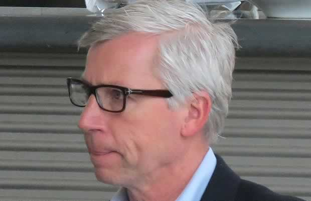 Alan Pardew jokes and tweets were everywhere after Newcastle's 1-0 defeat to Stoke