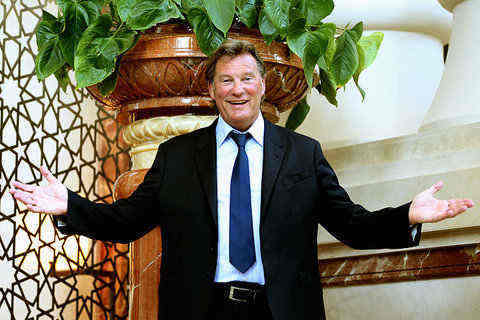 Glenn Hoddle, perpetrator of one of our favourite pundit fashion faux-pas
