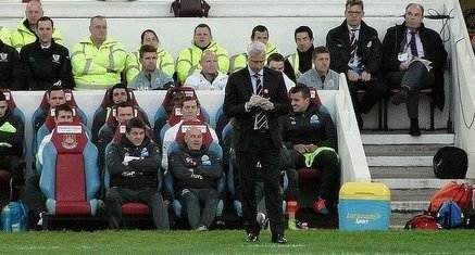 Alan Pardew, protagonist in one of our top five manager v opposition player touchline spats