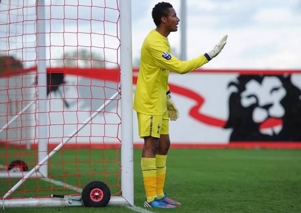Lawrence Vigouroux, this Liverpool goalkeeper, pays his fine in pennies at Swindon Town and has his loan terminated
