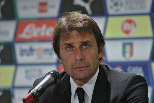 Chelsea manager Antonio Conte has torn his hamstring