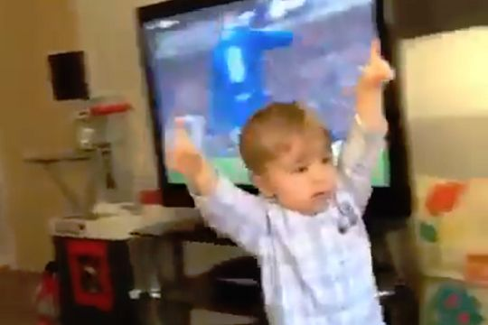 VIDEO: Young Rangers fan watching game vs Celtic on TV