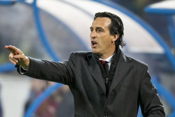 Unai Emery will not be in the mood for tweets and jokes after Arsenal 1-3 Man Utd in the FA Cup fourth round