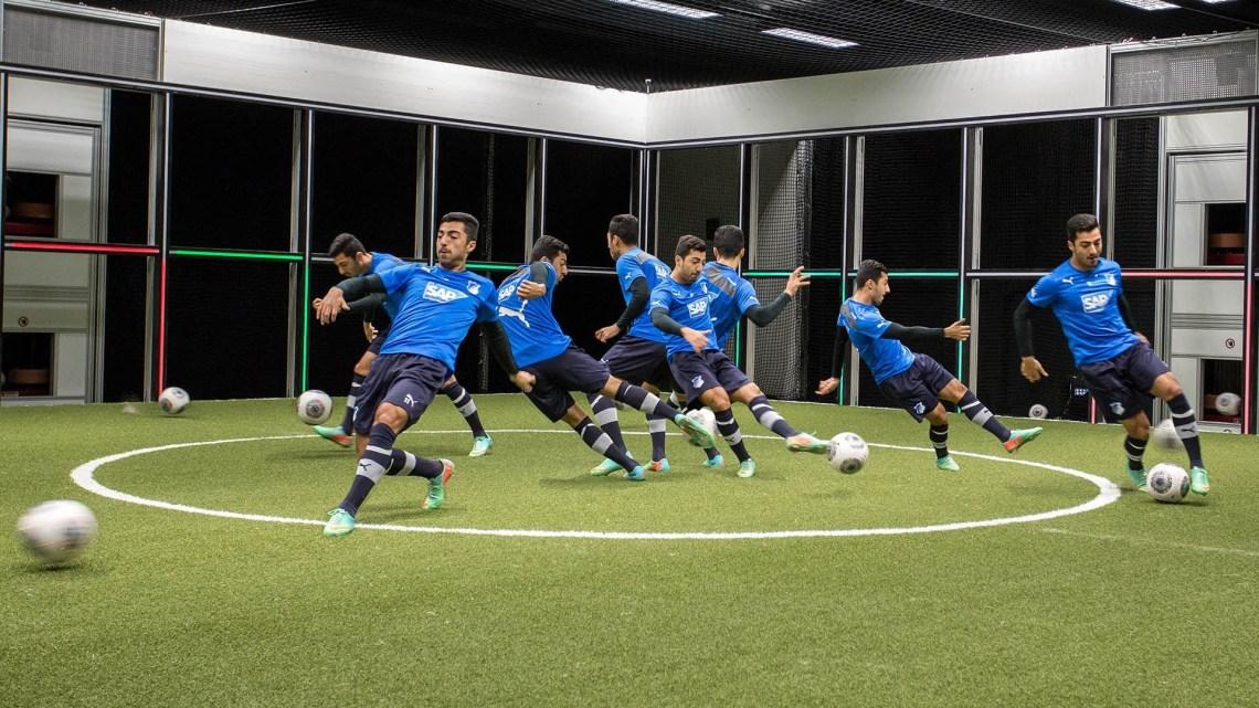 VIDEO: Footbonaut, tecnica e tecnologia al quadrato!