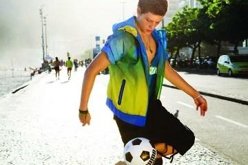 Review: PUMA Brasil 70 Windbreaker