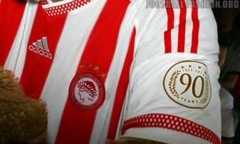 Olympiacos-FC-2015-2016-adidas-Home-Kit (13)