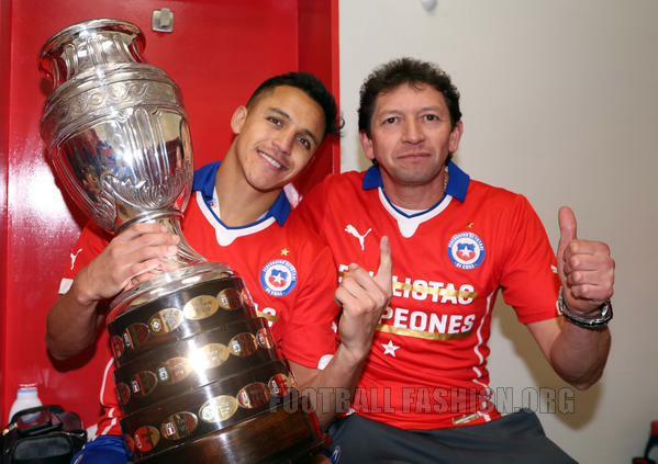 6782c043e Chile 2015 Copa América Champions PUMA Jersey - FOOTBALL FASHION.ORG