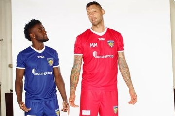 Chennaiyin FC 2015 2016 TYKA Home and Away Football Kit, Soccer Jersey, Shirt