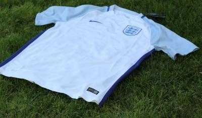 Review: England EURO 2016 Nike Stadium Football Kit, Shirt, Soccer Jersey