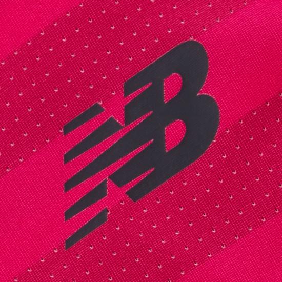 celtic-fc-2016-2017-new-balance-pink-third-kit (14)