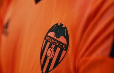 Valencia CF 2016 2017 adidas Orange Third Football Kit, Soccer Jersey, Shirt, Equipacion, Camiseta de Futbol Tercera