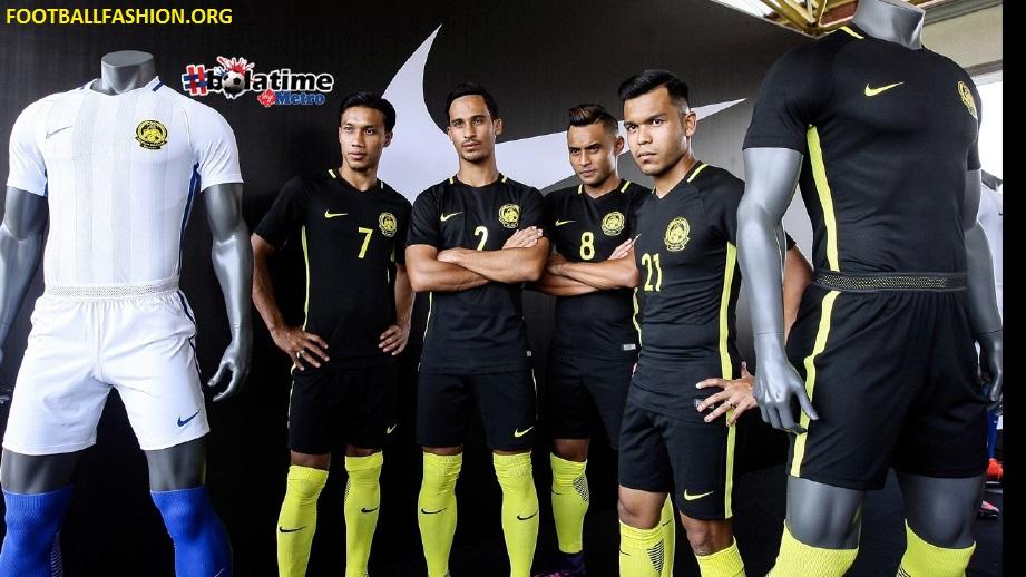 f46733ac0d2 Malaysia 2016 18 Nike Home and Away Kits - FOOTBALL FASHION.ORG