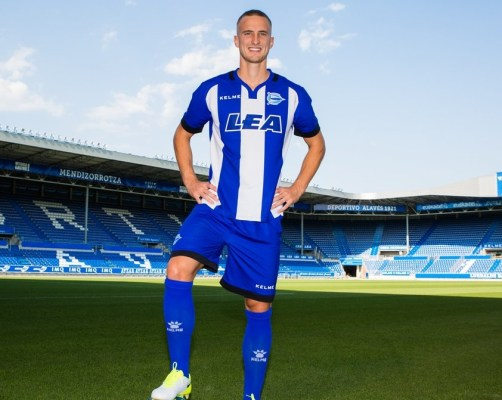 Deportivo Alavés 2017 2018 Kelme Home, Away and Third Football Kit, Soccer Jersey, Shirt, Camiseta de Futbol, Equipacion