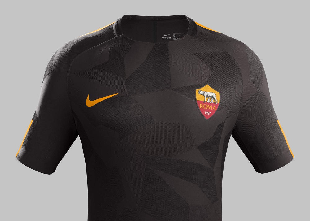 AS Roma 2017 18 Nike Third Kit – FOOTBALL FASHION.ORG 65b8b8154