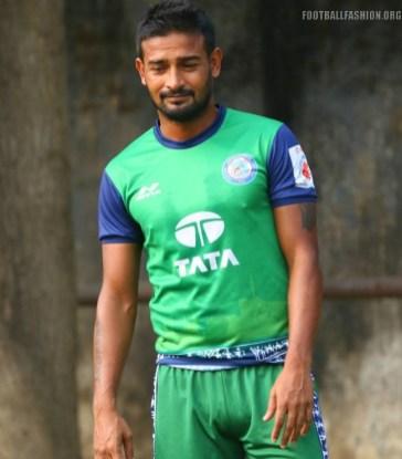 JamshedpurFC-2017-2018-Kit (13)