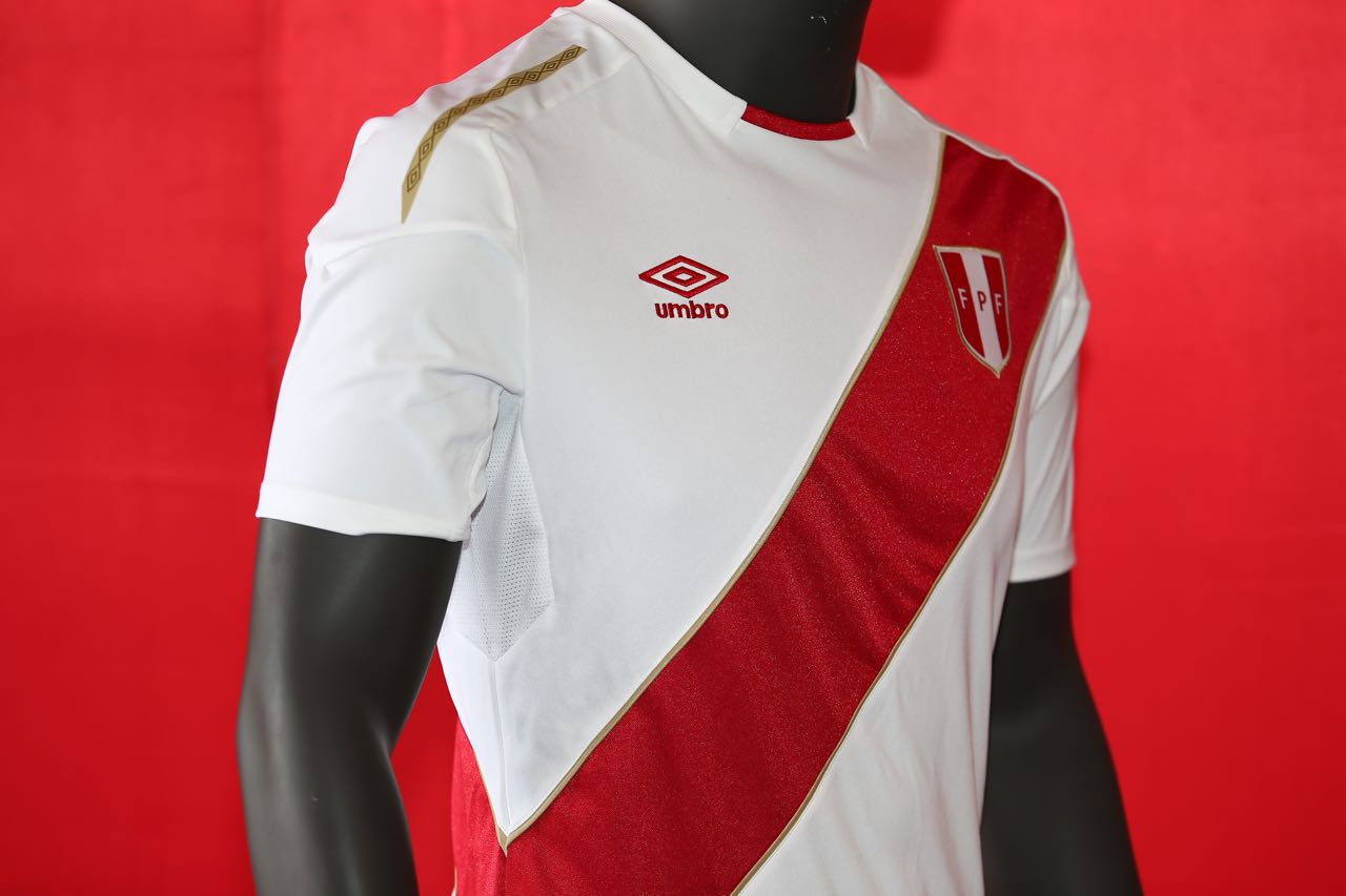 8c60f988c Peru 2018 World Cup Umbro Home Jersey - FOOTBALL FASHION.ORG