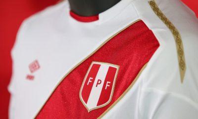 Peru 2017 2018 FIFA World Cup Umbro Home Soccer Jersey, Football Shirt, Shirt, Camiseta de Futbol Copa Mundial Rusia, Equipacion