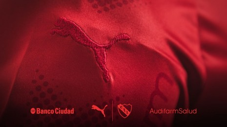 independiente-2018-todo-rojo-all-red-puma-kit (8)