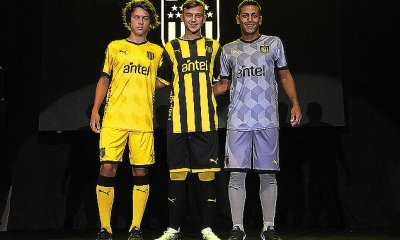 Peñarol 2018 PUMA Home, Away and Third Football Kit, Soccer Jersey, Shirt, Camiseta de Futbol