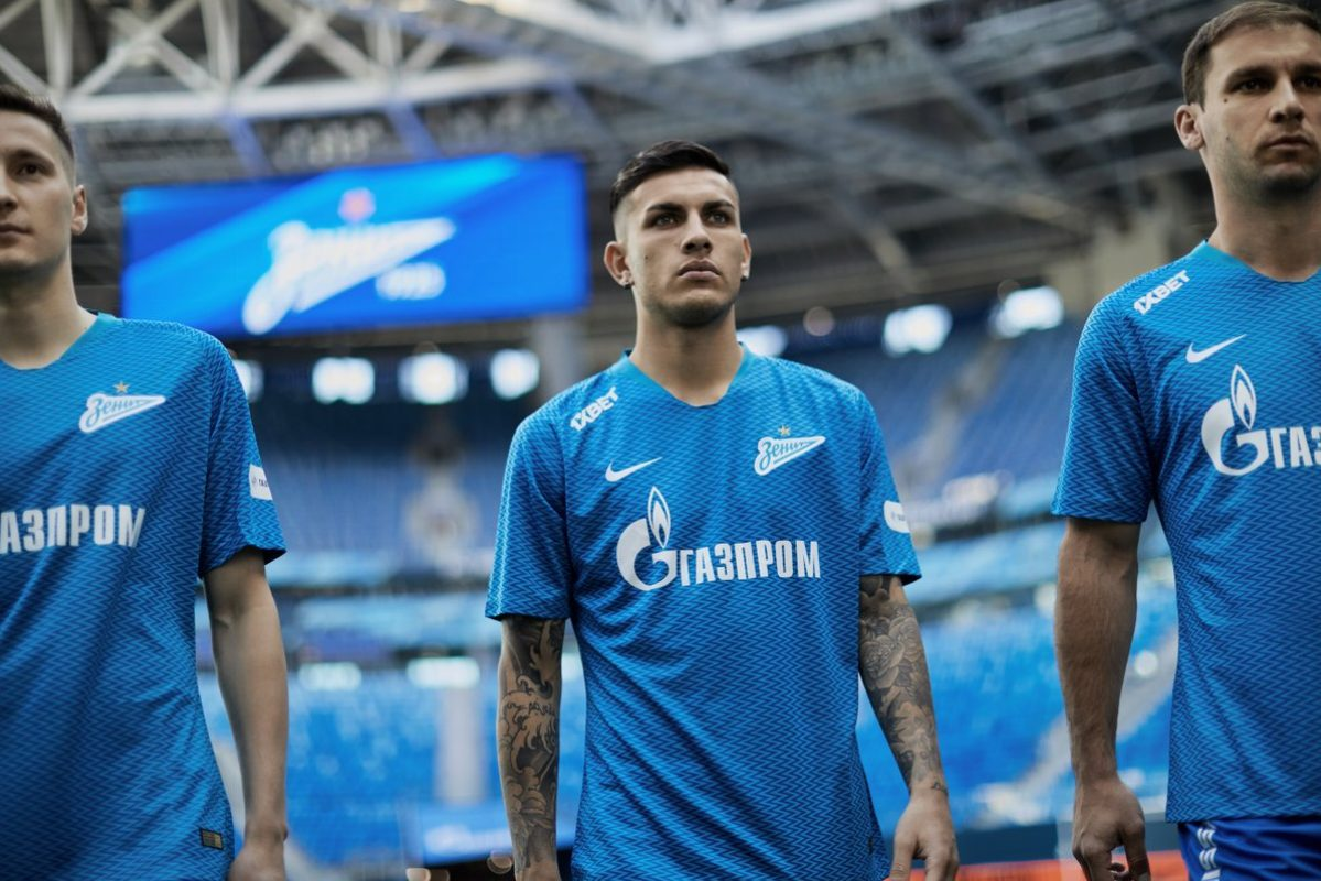2f5a66cad FC Zenit Saint Petersburg debuted their 2018 19 Nike home kit during  Sunday s season-closing 6-0 win over Russian Premier League bottom club  SKA-Khabarovsk.