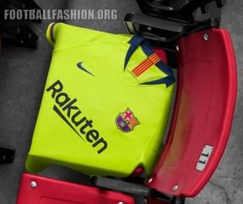 FC_Barcelona_Yellow_Nike_Away_Kit_2018-2019 (7)