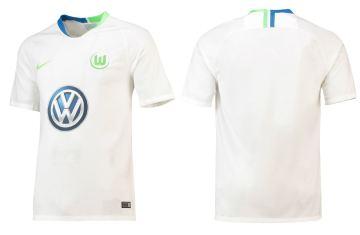 vfl-wolfsburg-2018-2019-nike-kit (8)