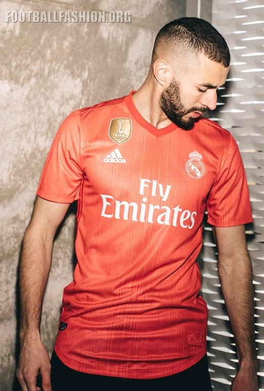 Real Madrid 2018 19 Parley Ocean Plastic Third Kit – FOOTBALL ... 48a0d1f43