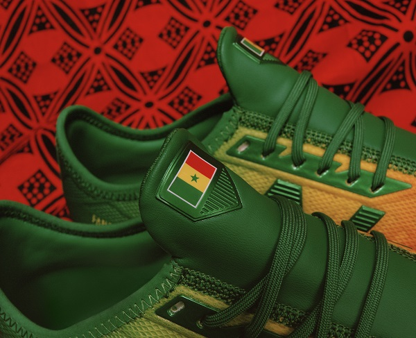 33a7fd19cd1ad ... The tri-colour of Senegal's flag. Sadio Mané and New Balance Football  Reveal Senegal Inspired Boots