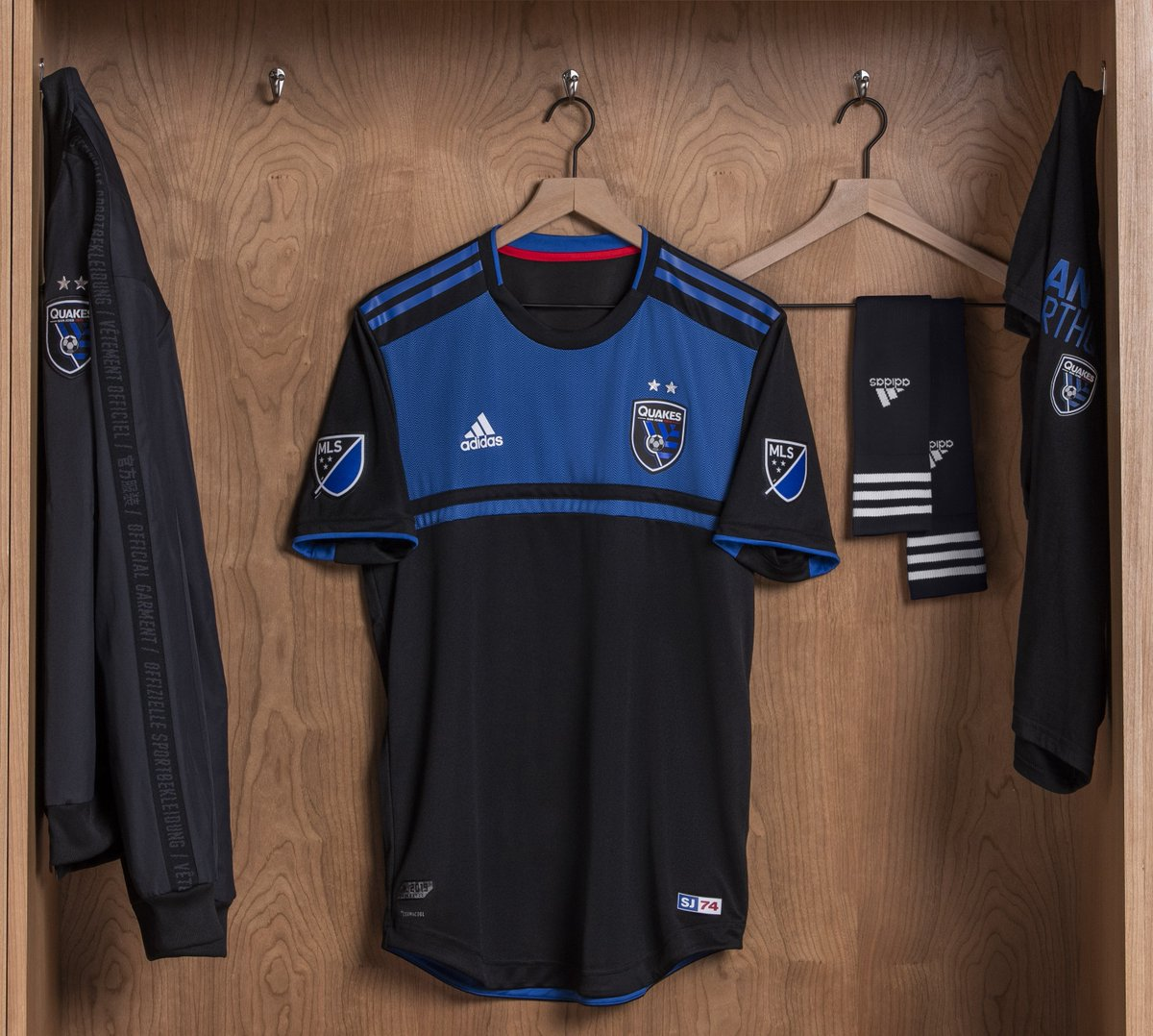 new product 0bc0a 778c3 San Jose Earthquakes 2019 adidas Home Kit - FOOTBALL FASHION.ORG