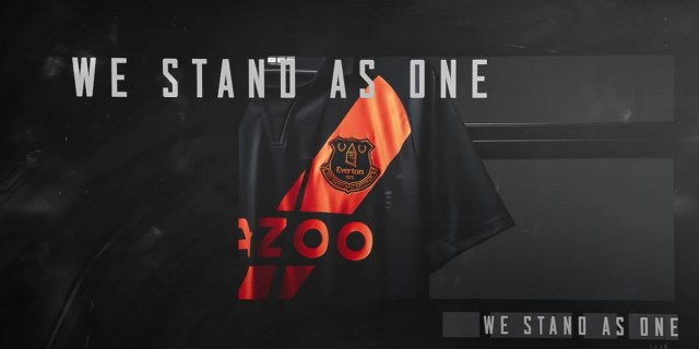 """""""We Stand As One"""" moto on the new """"Black Watch"""" inspired Everton FC Hummel away shirt for season 2021/2022"""