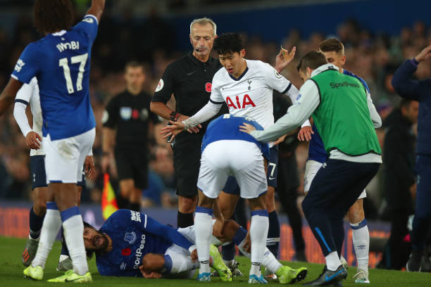 iwboi 1 - Tosun rescues point for Everton in match marred by Gomes injury